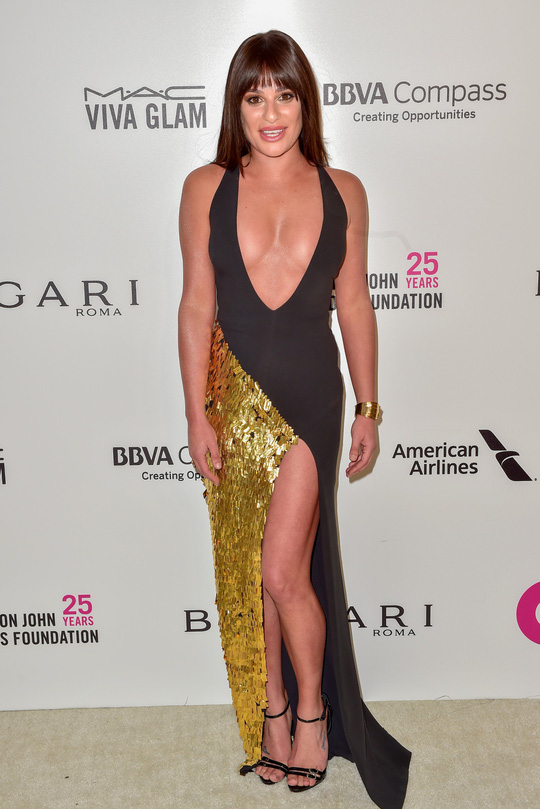 Dàn người đẹp khoe vòng một tại tiệc hậu Oscar - Ảnh 5.