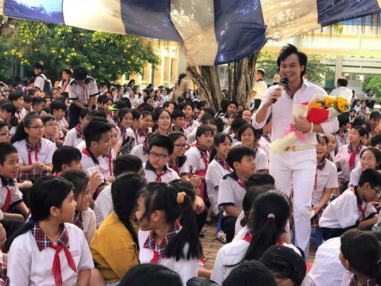 NSƯT Kim Tiểu Long đưa vọng cổ vào học đường - Ảnh 1.