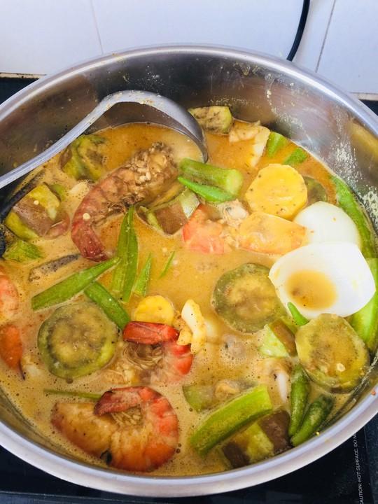 Cà ri hải sản: Lạ miệng sau mớ thịt thà ngày Tết - Ảnh 2.