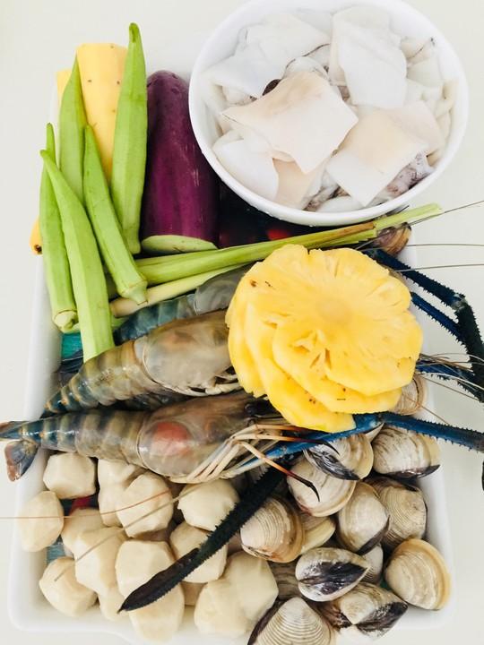 Cà ri hải sản: Lạ miệng sau mớ thịt thà ngày Tết - Ảnh 1.