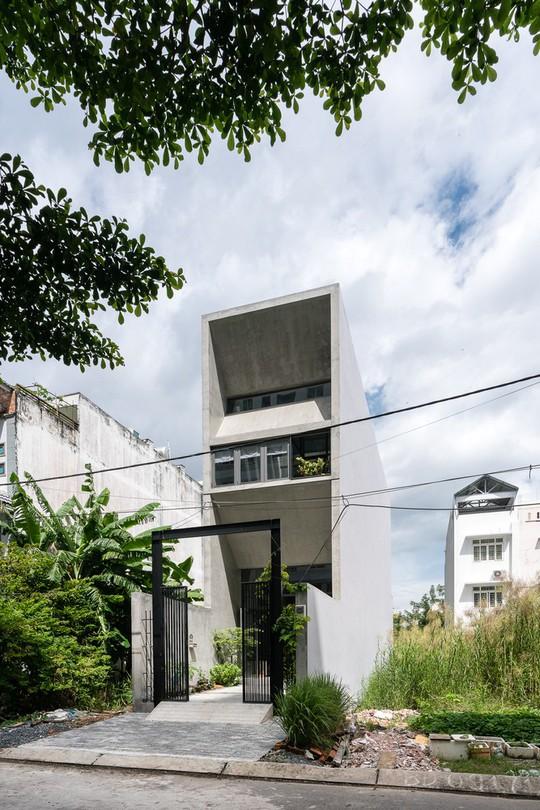 Ngôi nhà ống ở TP HCM lên tạp chí kiến trúc của Mỹ - Ảnh 1.