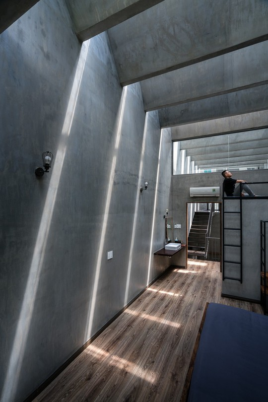 Ngôi nhà ống ở TP HCM lên tạp chí kiến trúc của Mỹ - Ảnh 19.
