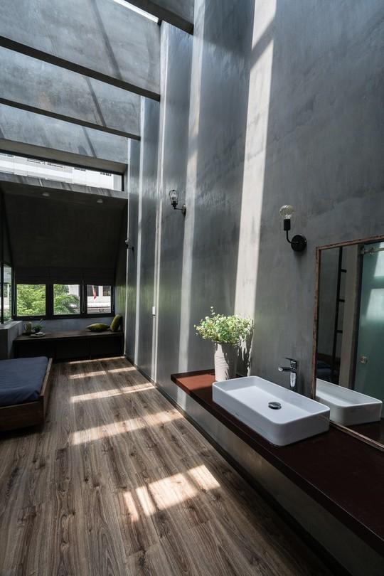 Ngôi nhà ống ở TP HCM lên tạp chí kiến trúc của Mỹ - Ảnh 20.