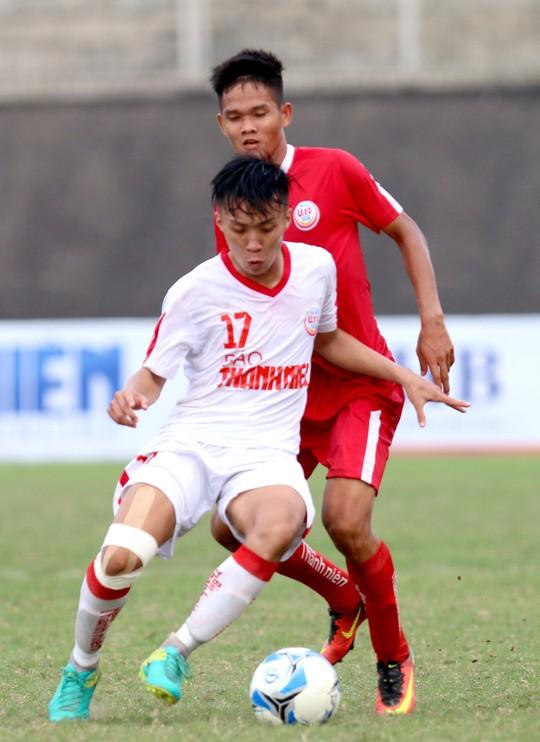 VCK Giải U19 Quốc gia 2018: Tư duy bóng đá của HLV Graechen được phát huy - Ảnh 3.