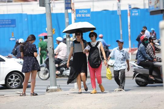 Nhiệt độ ở Sài Gòn lên đến 39 độ C, kéo dài đến tháng 5 - Ảnh 3.