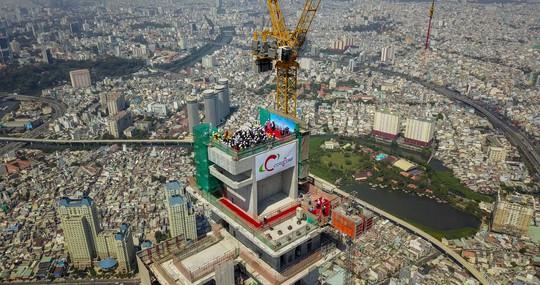 Cất nóc dự án toà tháp cao nhất Việt Nam - Ảnh 2.
