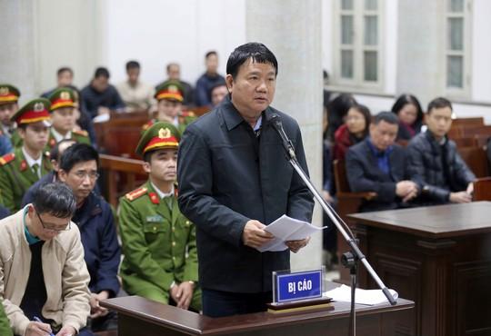 Ông Đinh La Thăng xin lỗi Đảng và nhân dân - Ảnh 1.