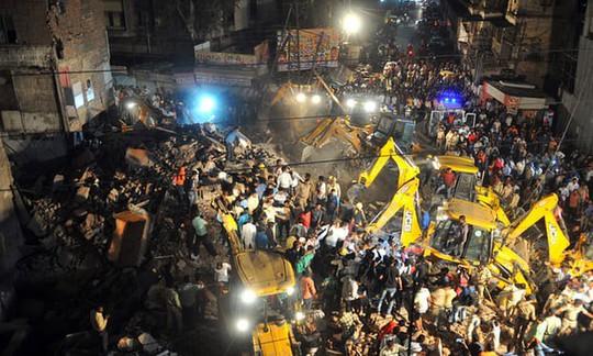 Ấn Độ: Xe hơi tông sập khách sạn, ít nhất 10 người chết - Ảnh 1.