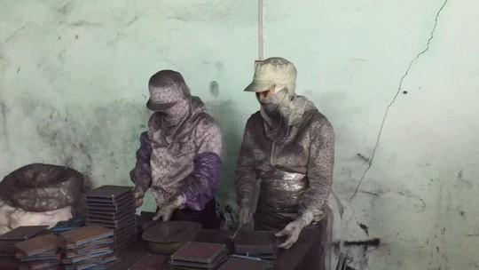 Hải Phòng cấm lưu hành sản phẩm hỗ trợ điều trị ung thư từ bột than - Ảnh 2.