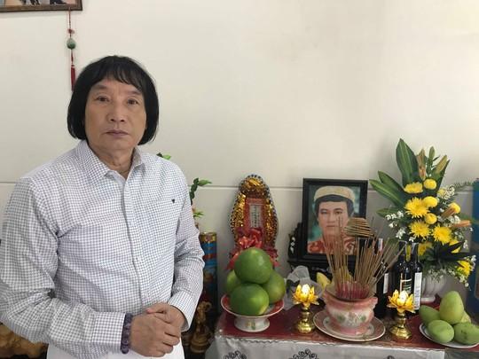 Minh Vương ca bên cầu dệt lụa tưởng nhớ Thanh Sang trong ngày giỗ đầu - Ảnh 1.