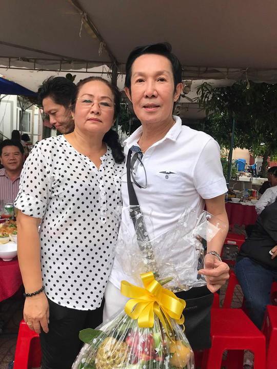 Minh Vương ca bên cầu dệt lụa tưởng nhớ Thanh Sang trong ngày giỗ đầu - Ảnh 9.