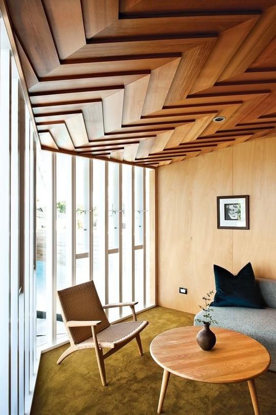 Thiết kế trần gỗ cho ngôi nhà bừng sáng  - Ảnh 9.