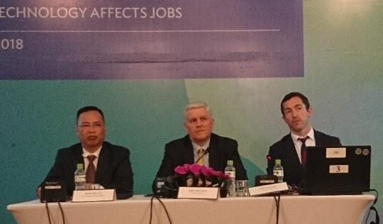Kinh tế Việt Nam bị ảnh hưởng thế nào nếu nổ ra chiến tranh thương mại Mỹ-Trung? - Ảnh 1.