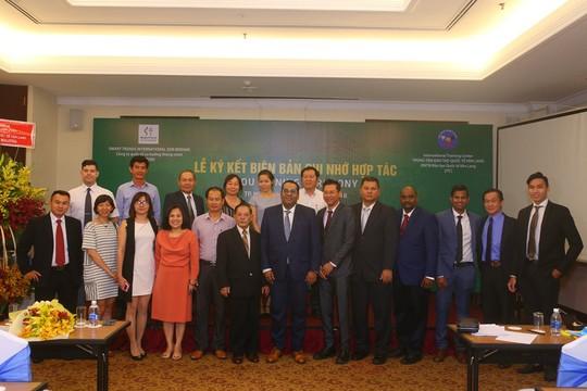 Trung tâm đào tạo quốc tế Văn Lang hợp tác với Malaysia - Ảnh 1.