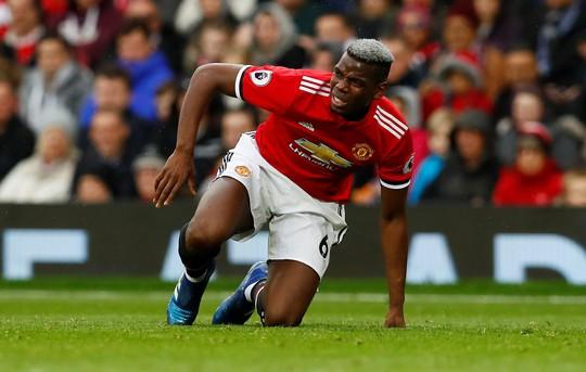 Thua đội chót bảng, M.U dâng cúp vô địch sớm cho Man City - Ảnh 3.