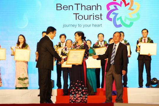 BenThanh Tourist 8 năm liền đạt Top 10 thương hiệu du lịch hàng đầu TP HCM - Ảnh 2.