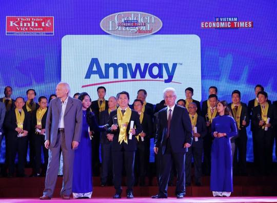 Amway Việt Nam lần thứ 4 vinh dự nhận Giải thưởng Rồng Vàng 2017-2018 - Ảnh 1.