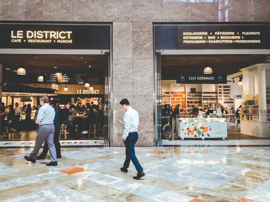 Khám phá trung tâm mua sắm xa xỉ bậc nhất New York - Ảnh 13.