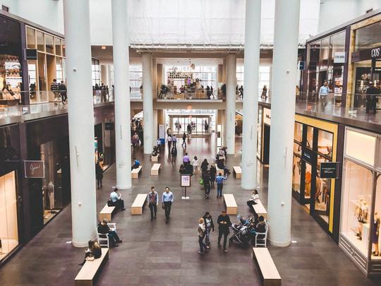 Khám phá trung tâm mua sắm xa xỉ bậc nhất New York - Ảnh 3.