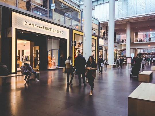 Khám phá trung tâm mua sắm xa xỉ bậc nhất New York - Ảnh 4.