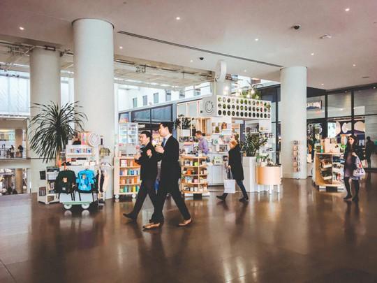 Khám phá trung tâm mua sắm xa xỉ bậc nhất New York - Ảnh 7.