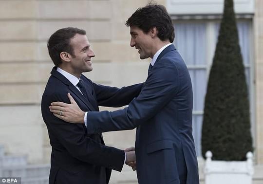 Ngưỡng mộ mối tình giữa 2 nhà lãnh đạo Pháp - Canada - Ảnh 2.