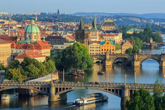 Những địa điểm có chi phí rẻ nhất để du lịch châu Âu mùa hè này - Ảnh 1.