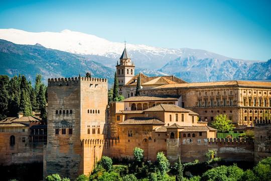Những địa điểm có chi phí rẻ nhất để du lịch châu Âu mùa hè này - Ảnh 2.