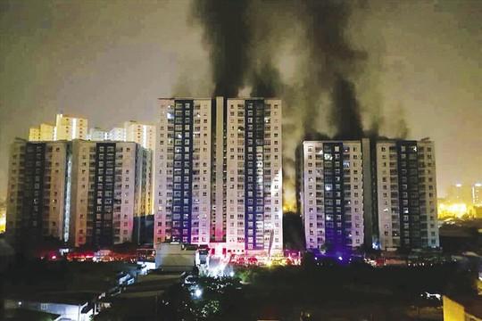 Thị trường căn hộ vẫn tăng trưởng tốt sau lo ngại từ vụ cháy Carina - Ảnh 1.