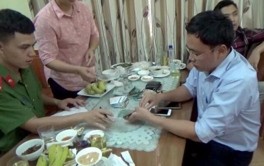 Giám đốc Sở KH-ĐT Yên Bái tố giác nhà báo Duy Phong cưỡng đoạt 200 triệu đồng - Ảnh 1.