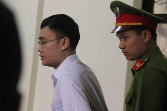 Xét xử cựu nhà báo Lê Duy Phong: Báo chí gặp khó khi tác nghiệp - Ảnh 1.