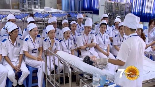 Tuyển điều dưỡng, hộ lý sang làm việc tại Nhật Bản - Ảnh 2.