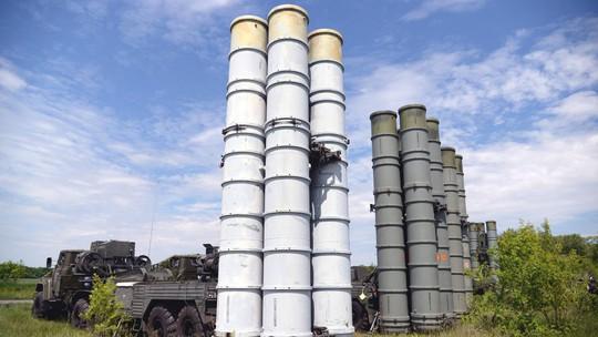 Nga tạo màn khói ở Syria để chuyển giao S-300? - Ảnh 1.