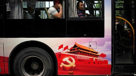 """Triều Tiên: Tai nạn xe buýt giết """"hàng chục du khách Trung Quốc"""" - Ảnh 1."""