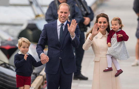 Công nương Kate sinh thêm một hoàng tử - Ảnh 1.