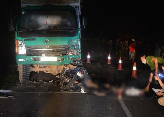 Đã xác định nguyên nhân vụ tông vào ô tô tải, 4 thiếu niên tử vong - Ảnh 2.