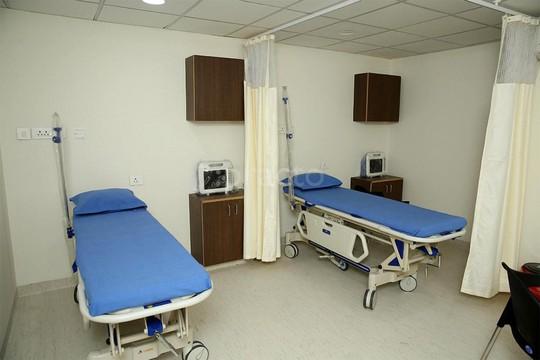 Cuộc họp kín của ông chủ phòng khám và nữ y tá - Ảnh 2.