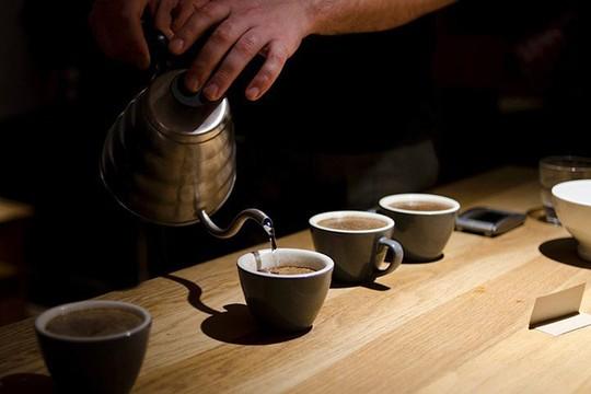 8 cách nhận biết cà phê giả, kém chất lượng bằng mắt thường - Ảnh 5.