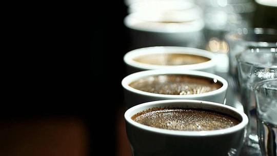 8 cách nhận biết cà phê giả, kém chất lượng bằng mắt thường - Ảnh 8.