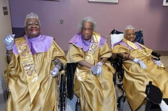 Bí quyết sống trên trăm tuổi của các cụ bà: Không lấy chồng - Ảnh 2.
