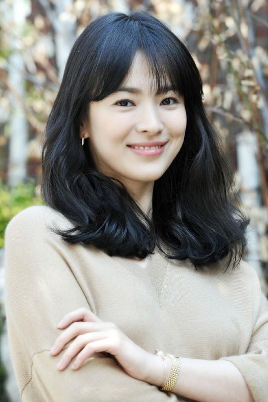 Tứ đại mỹ nhân màn ảnh Hàn lấy chồng toàn cực phẩm - Ảnh 2.
