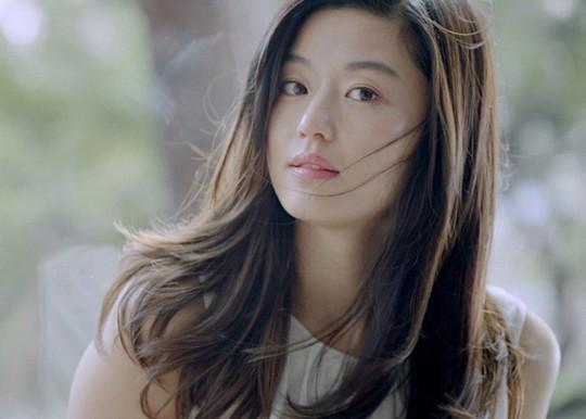 Tứ đại mỹ nhân màn ảnh Hàn lấy chồng toàn cực phẩm - Ảnh 13.