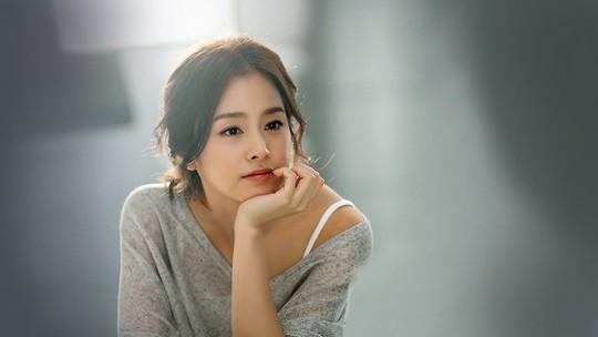 Tứ đại mỹ nhân màn ảnh Hàn lấy chồng toàn cực phẩm - Ảnh 9.