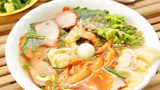 Món ăn nhất định phải thử khi lang thang ngôi chợ trăm tuổi ở Sài Gòn - Ảnh 4.