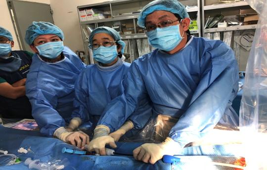Cứu sống bệnh nhân nhờ đặt máy tạo nhịp tim không dây vào tim - Ảnh 1.