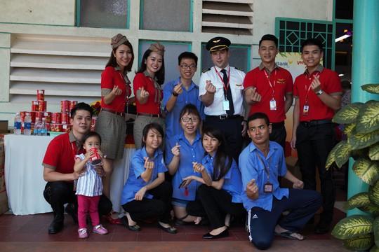 CB-NV HDBank, Vietjet chắp cánh ước mơ cho người khuyết tật - Ảnh 9.