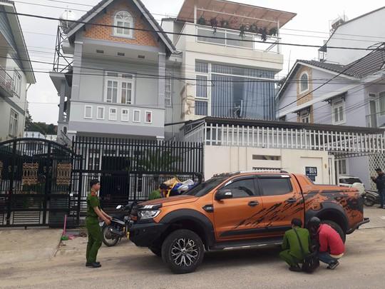 Vụ nổ súng ở Đà Lạt: Hàng xóm khai lạc đạn khi thử súng - Ảnh 6.