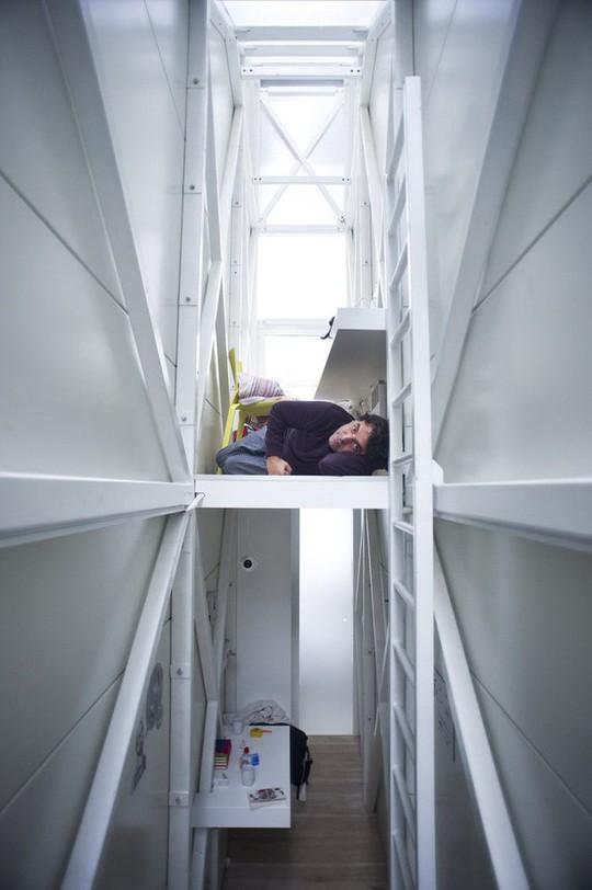 Thiết kế nội thất cực chất ở ngôi nhà hẹp nhất thế giới - Ảnh 7.