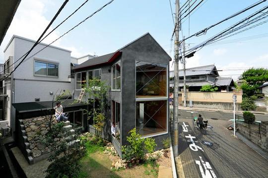 Thích thú ngôi nhà hình nấm bằng gỗ tự nhiên ở Nhật - Ảnh 1.
