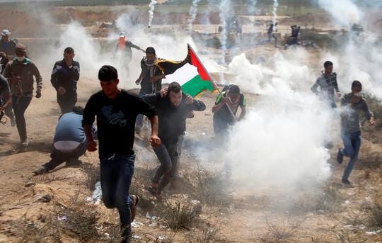 Bạo lực tiếp diễn ở Gaza, 7 người Palestine thiệt mạng - ảnh 1
